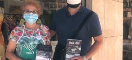 """El escritor Alejandro García Maldonado y su último libro """" Son de lirios"""" en favor de Cudeca"""