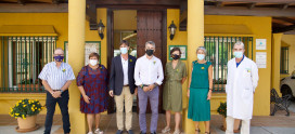 El alcalde de Benalmádena, Víctor Navas, visita Cudeca y anuncia dos noticias importantes
