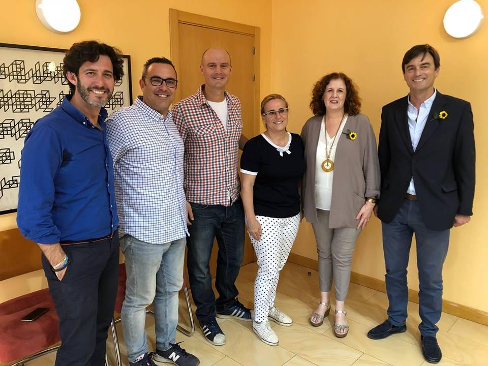 Agradecimiento de Ayuntamiento Fuengirola  y CUDECA a Henrik Andersen por Queen Machine