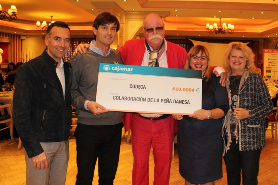 The Peña Malaguista of Denmark presents donation cheque to us in the celebration of their 10th anniversary