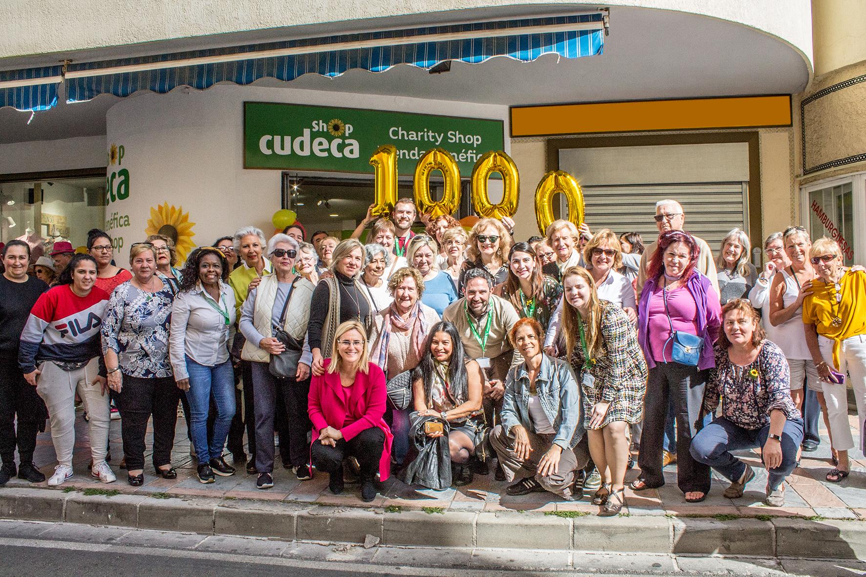 Multitudinaria inauguración de nuestra nueva Tienda Benéfica en Los Boliches (Fuengirola)