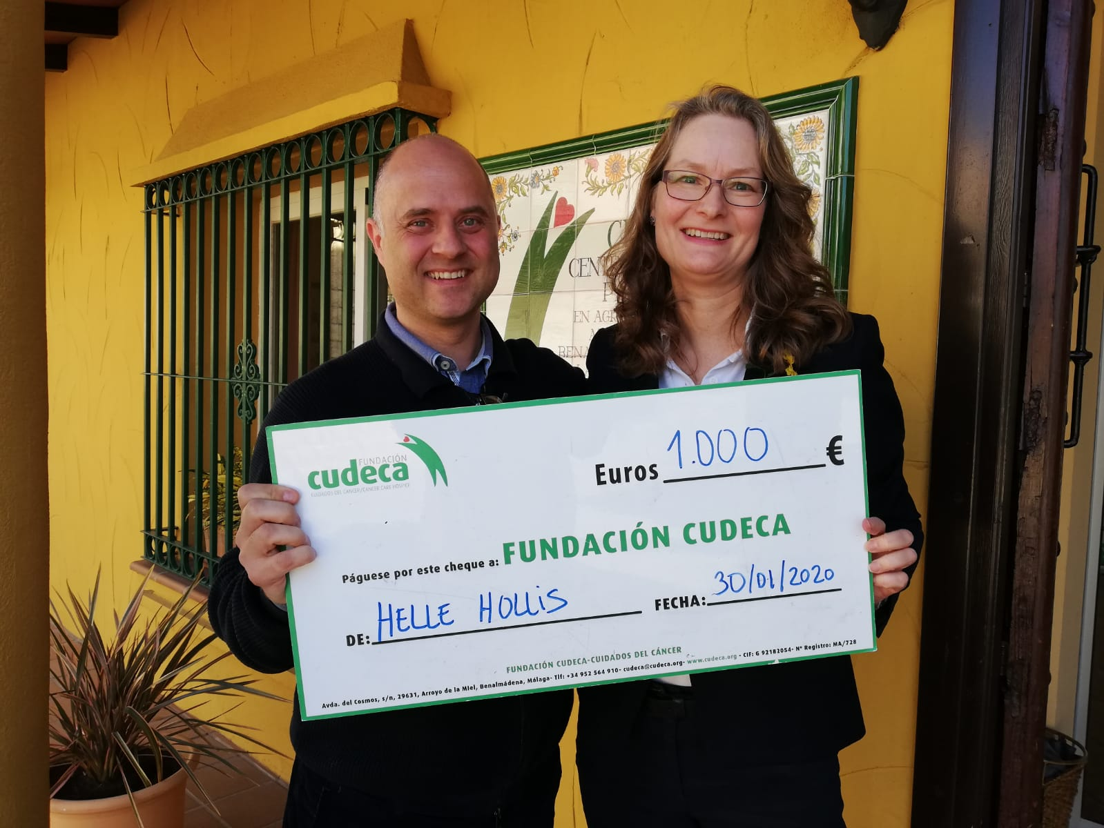 Helle Hollis presents annual cheque donation  after 10 years helping us!