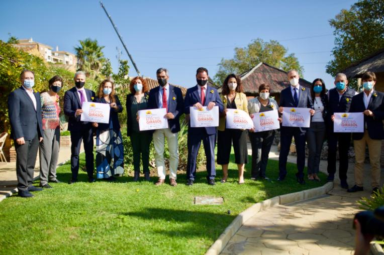 Campaña «Efecto Girasol por Benalmádena»
