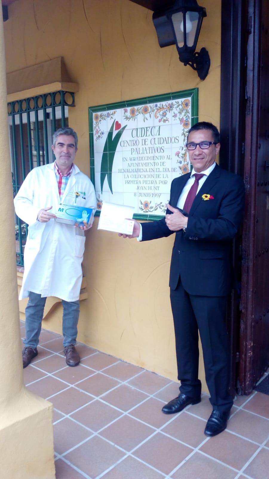 Dalian Huanbohai Energy Trading Center donates thousands of surgical masks & gloves to Cudeca!