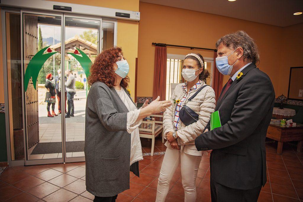 Donación Lucky Quilters Internacional y visita del Consul Alemán a nuestra sede