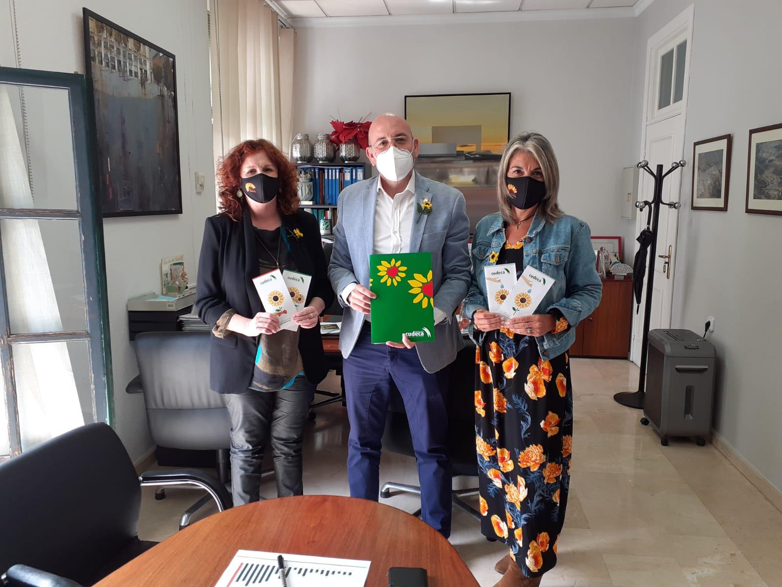 Cudeca visita el Ayuntamiento de Cártama